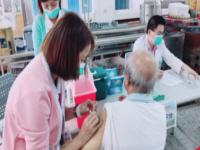 社區流感注射照片